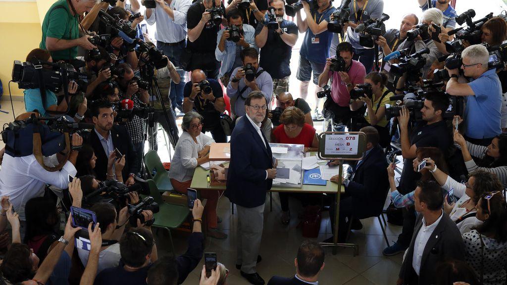 Rajoy vota en las elecciones del 26J