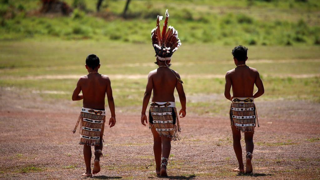 Las plumas para comandar a los indígenas