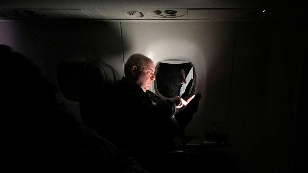 La 'obsesión' por la tablet ilumina la oscuridad