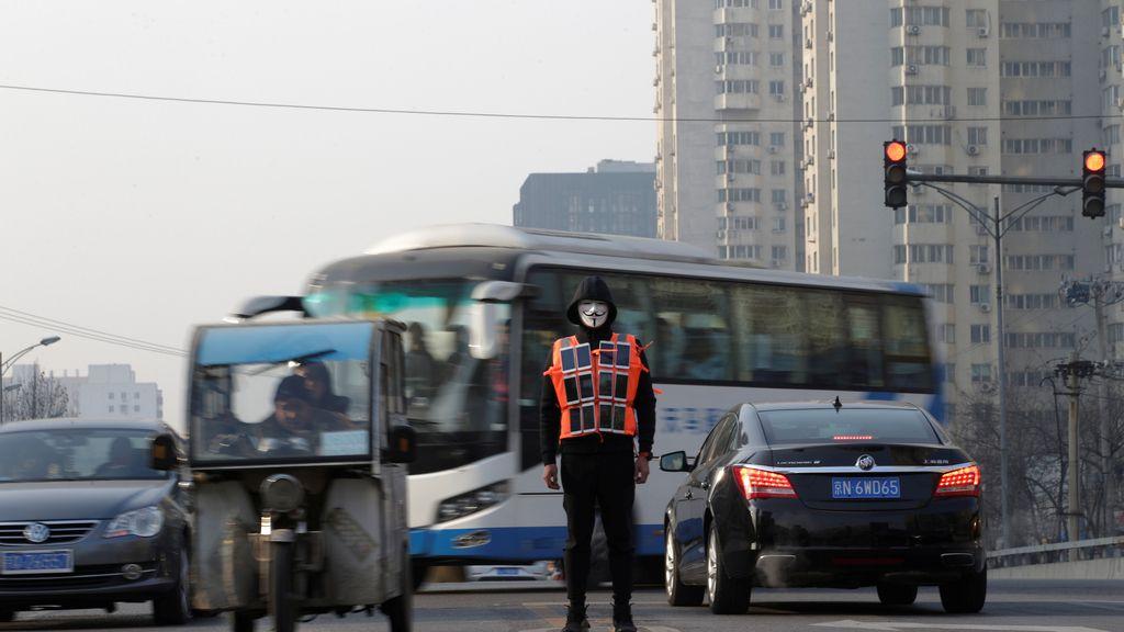 El artista Liu Bolin, el nuevo 'V de Vendetta'