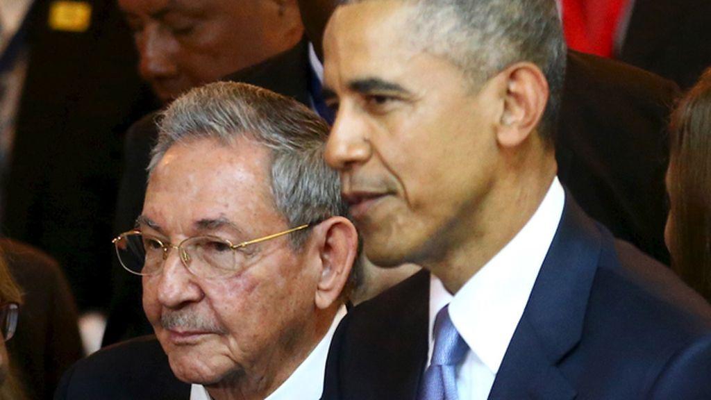 Castro y Obama en la VII Cumbre de las Américas
