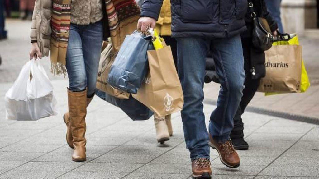 El PIB crece un 3,2% en 2015 por el consumo y la inversión