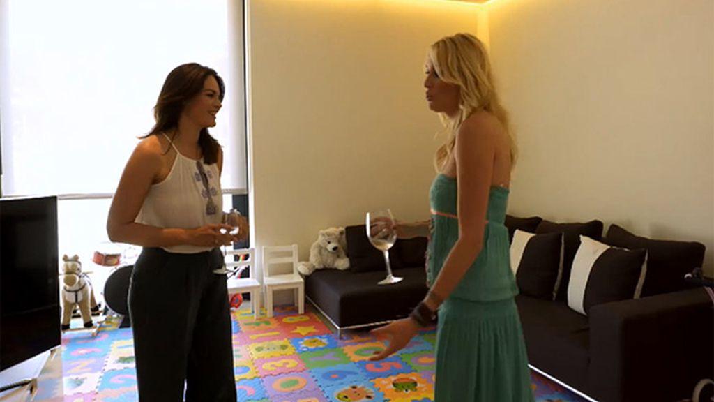La actriz enseña su hogar a Fabiola