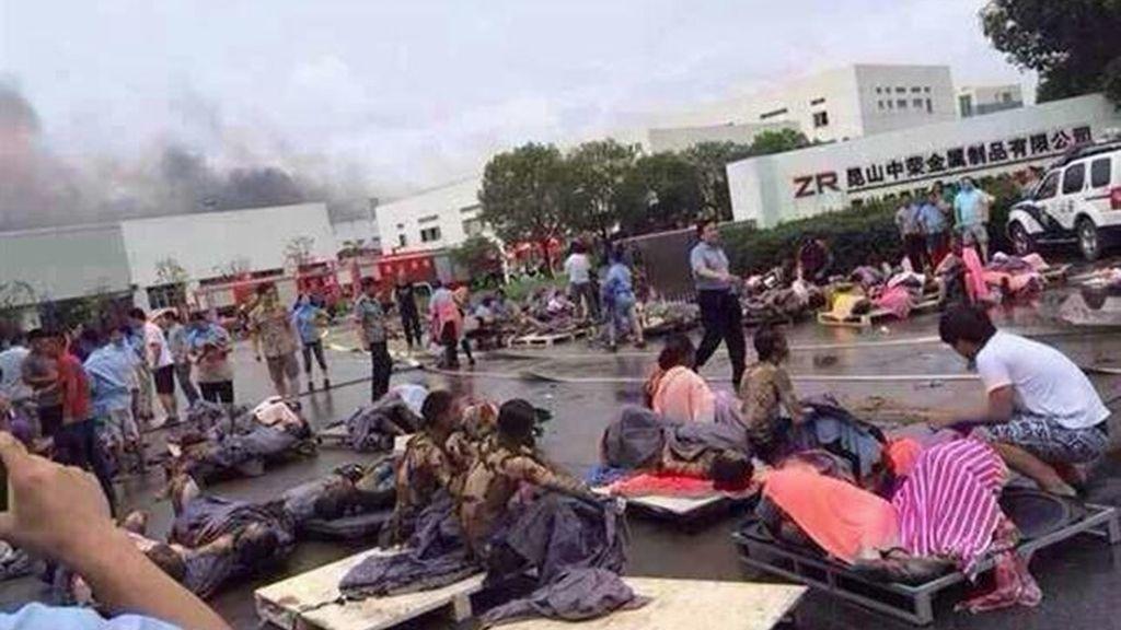 una explosión en una fábrica de China deja cerca de 65 muertos y un centenar de heridos