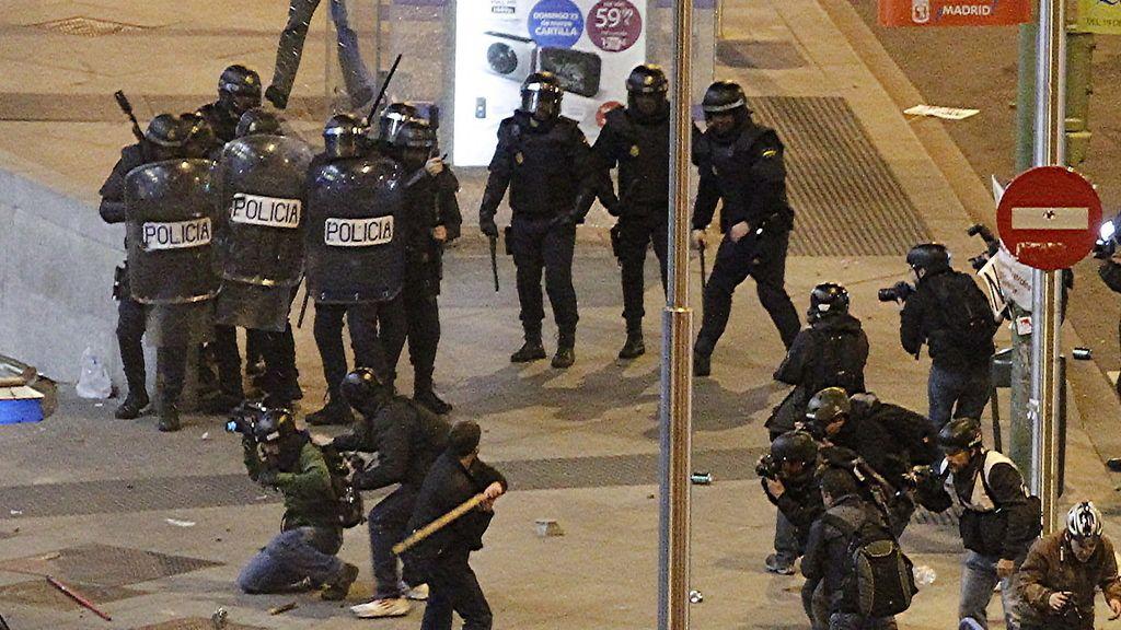 Miles de personas inundan Madrid contra los recortes