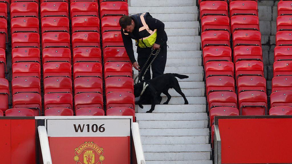Paquete bomba sospechoso en Old Trafford