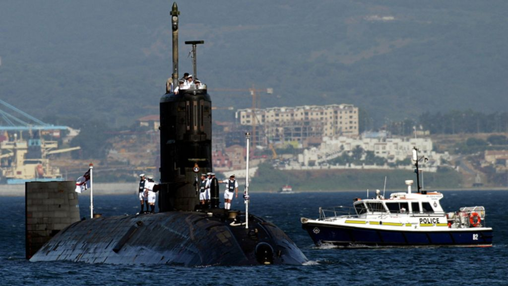 Imagen de archivo del submarino nuclear Tireless en aguas de Gibraltar.