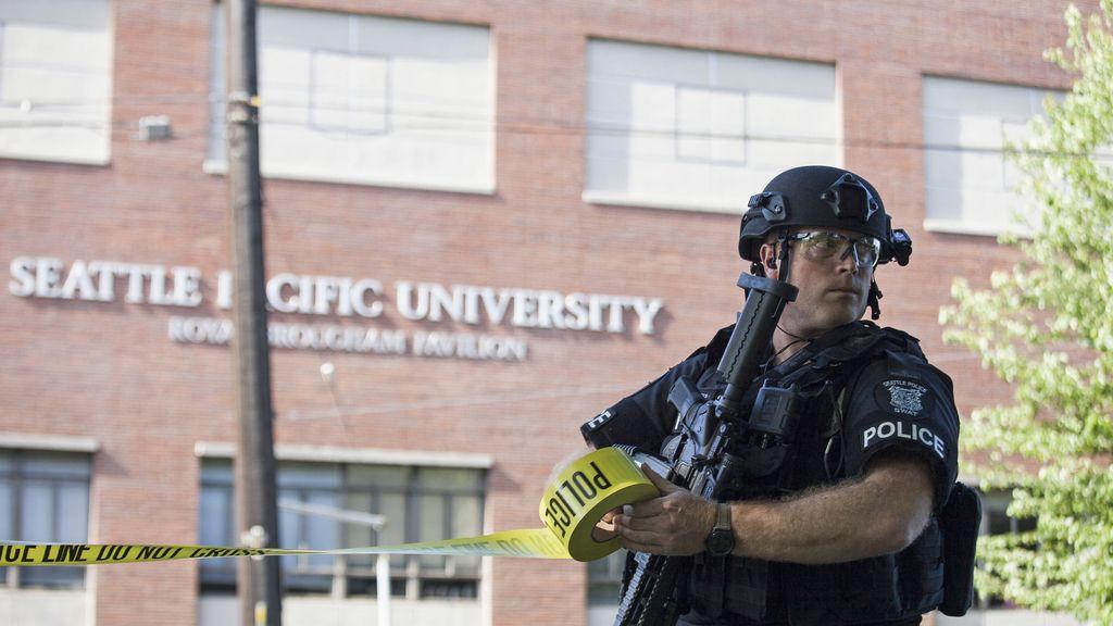 Un muerto en un tiroteo en la Universidad de Seatlle