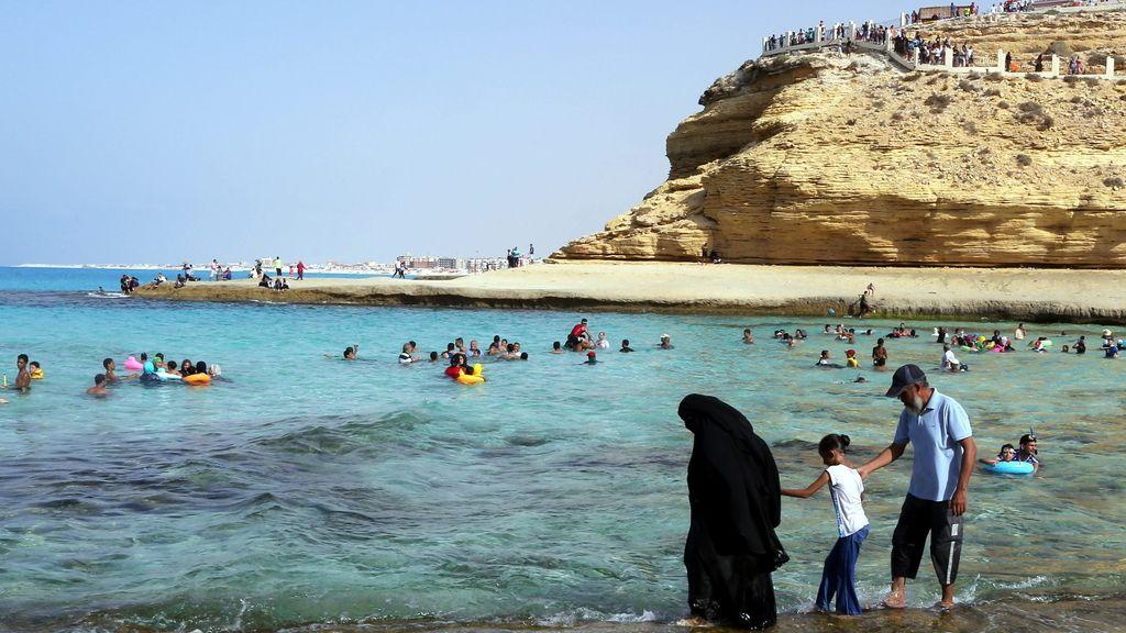 Mueren 92 personas por la ola de calor en Egipto