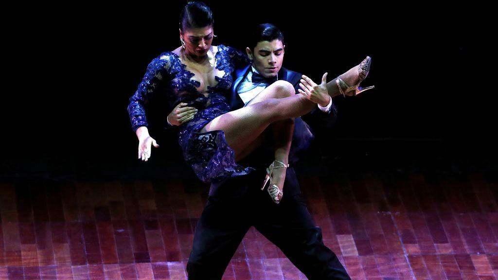 Seducción y arte en el Campeonato mundial de Tango en Buenos Aires