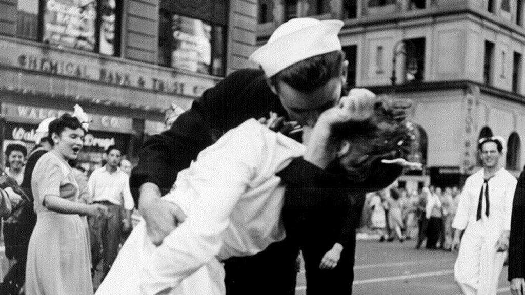 Beso, Segunda Guerra Mundial