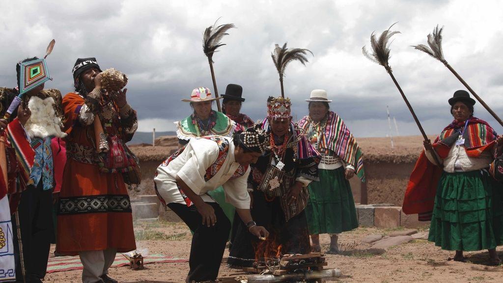 Bolivia aprueba una polémica ley contra el maltrato animal que excluye los sacrificios rituales