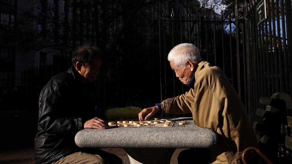 Xiangqi, el nuevo juego de moda en los parques neoyorquinosn