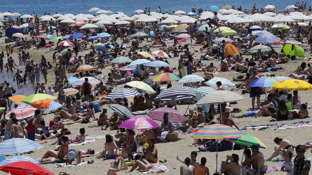 Playa en verano, ola de calor