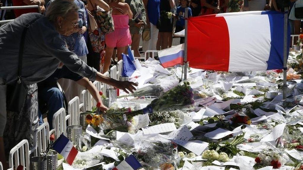 Homenaje a las víctimas del ataque en Niza