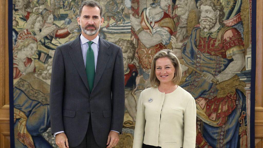 El rey Felipe VI recibe a Ana Oramas en Zarzuela