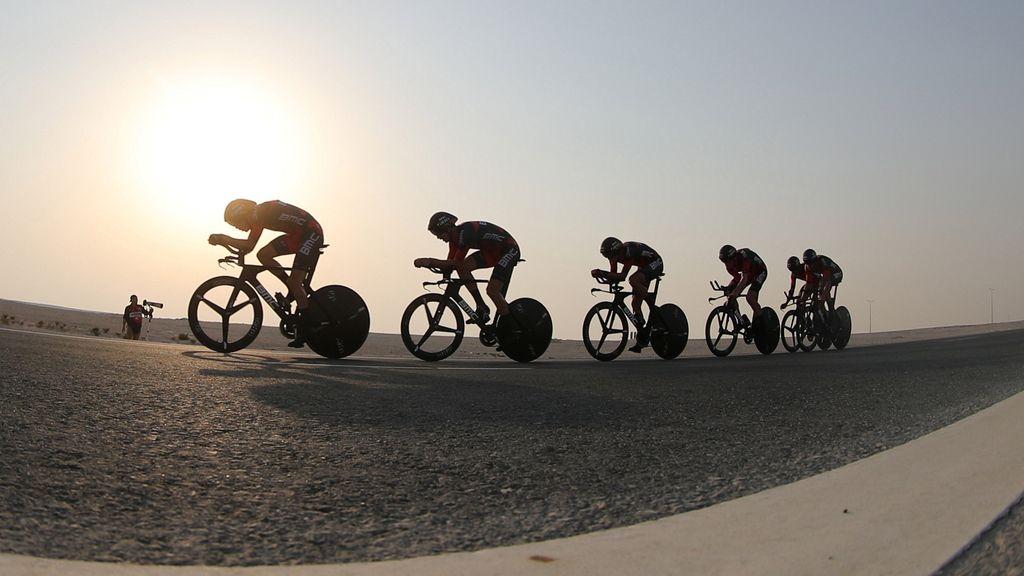 Ciclismo entre calurosas dunas en el Mundial de ciclismo de Doha (09/10/2016)