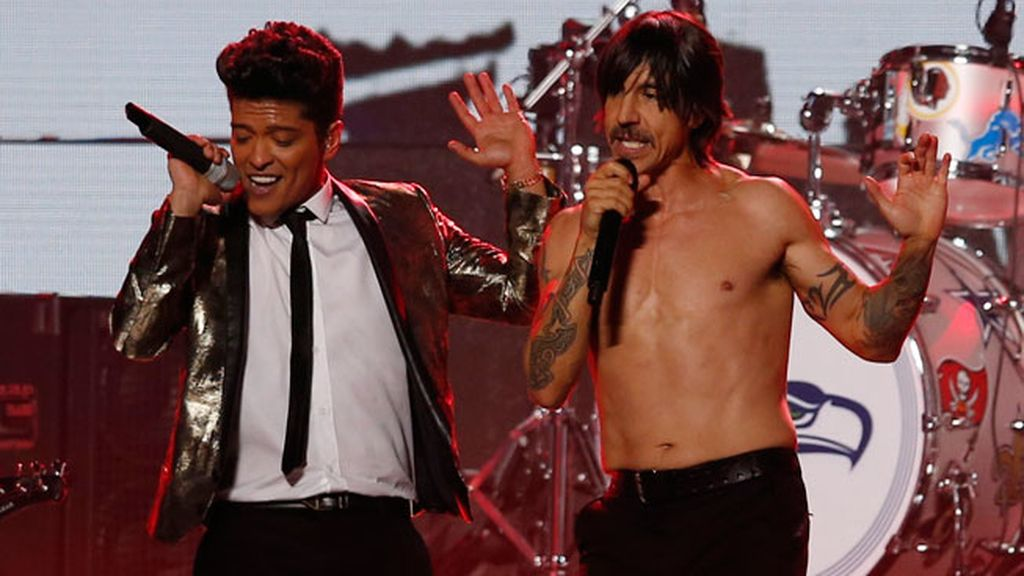 Brunos Mars y Red Hot Chili Peppers