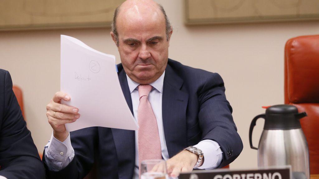 """De Guindos, sobre caso Soria: """"Fue una designación técnica, no política"""""""