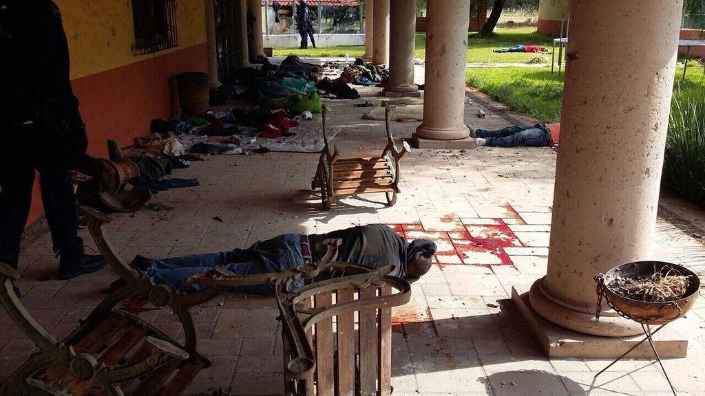 El Gobierno confirma 43 muertes en una emboscada del crimen organizado en Michoacán