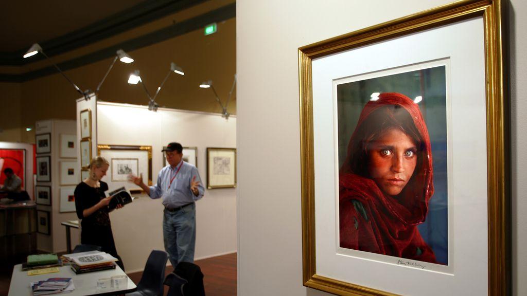 Detenida la 'niña afgana' que fue portada de National Geographic