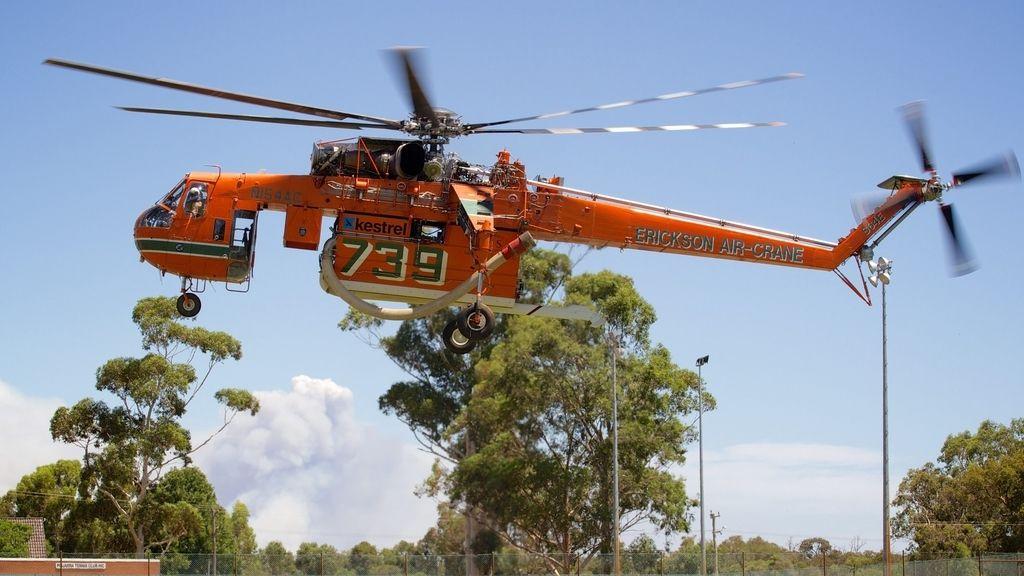 Mantienen alertas en Australia por incendios forestales que se han saldado con dos muertos