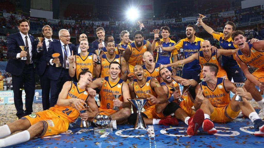 El Herbalife Gran Canaria se impone al Barcelona y gana su primera Supercopa Endesa (24/09/2016)