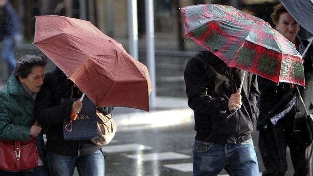 Alerta por lluvias y vientos