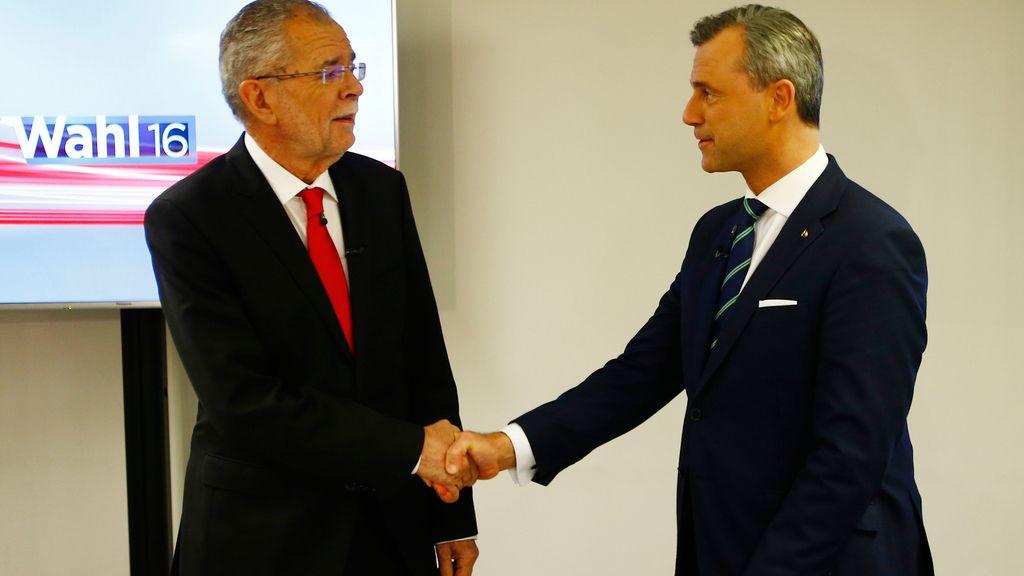 Los aspirantes a presidente de Austria son Norbert Hofer, un ingeniero de la extrema derecha aficionado a las armas, y el catedrático de Economía Alexander Van der Bellen