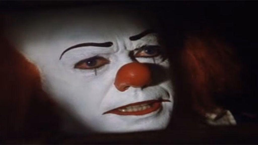 20. It (1990)
