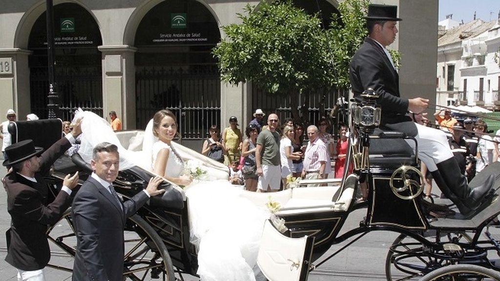 La espectacular llegada de la novia