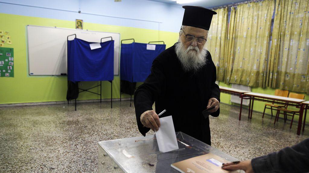 Los griegos votan por tercera vez en dos años y medio
