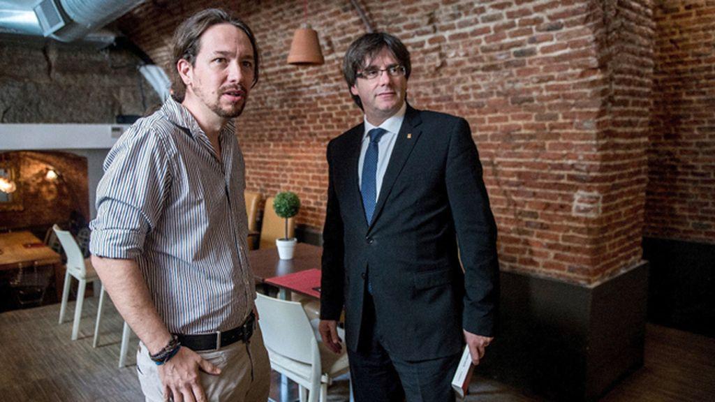 Puigdemont se reúne con Iglesias para analizar la actualidad política