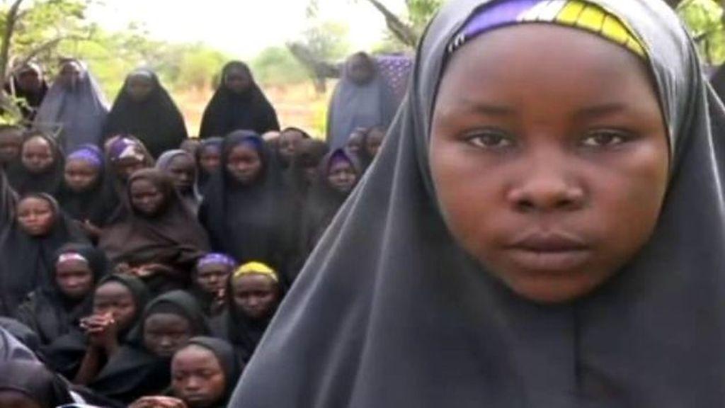 Se cumple un mes del secuestro de las niñas de Nigeria
