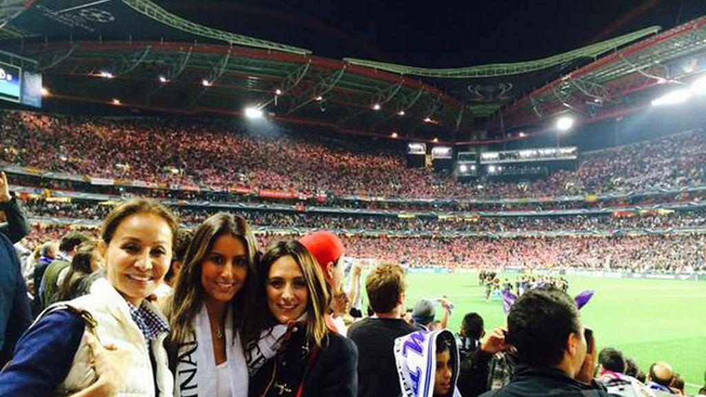 Isabel Preysler con sus hijas Tamara Falcó y Ana Boyer