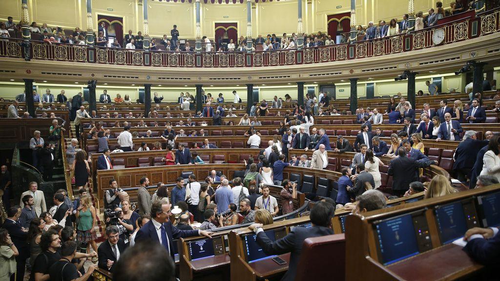 El hemiciclo celebra el debate de investidura de Mariano Rajoy