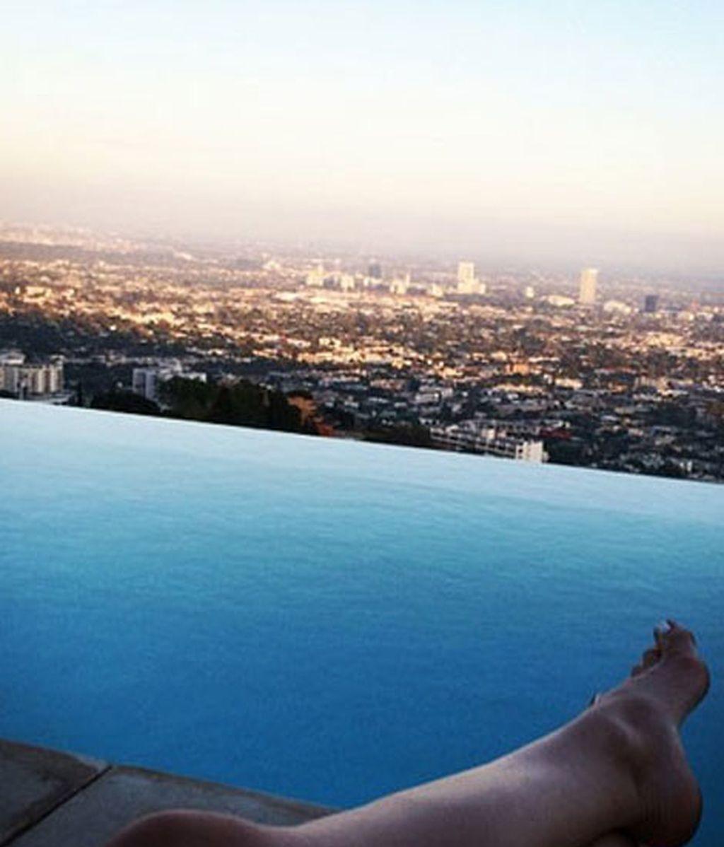 Ana de Armas disfruta de relax y las vistas
