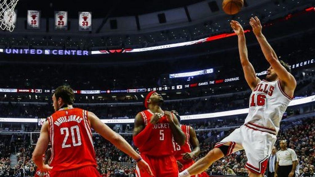 Pau Gasol vuelve a deslumbrar ante los Rockets