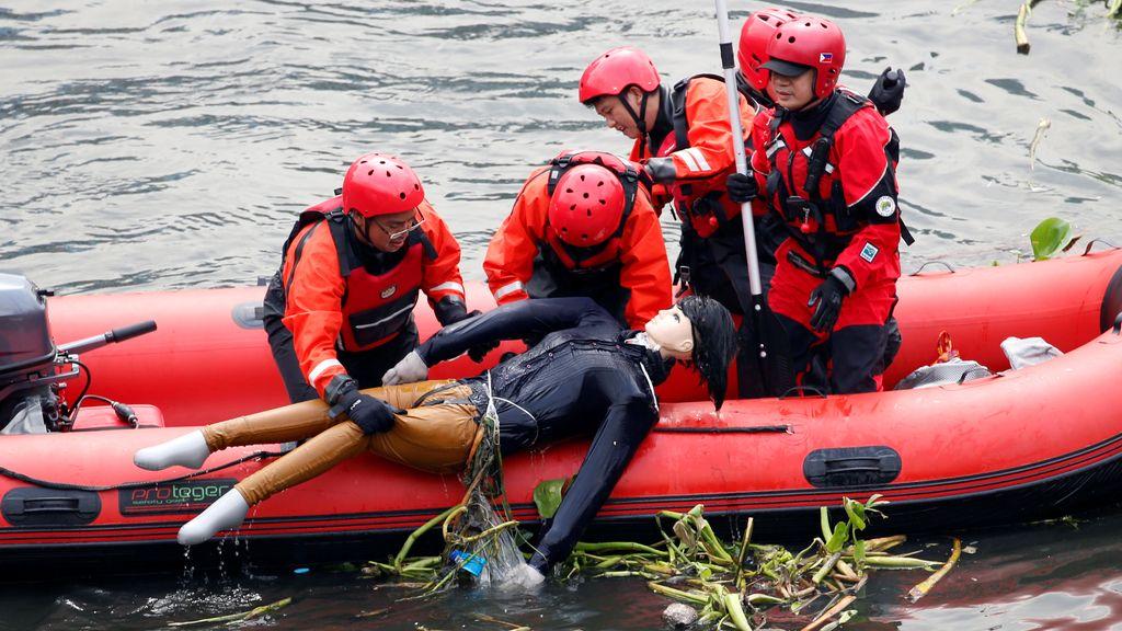 Simulacro de rescate en Manila