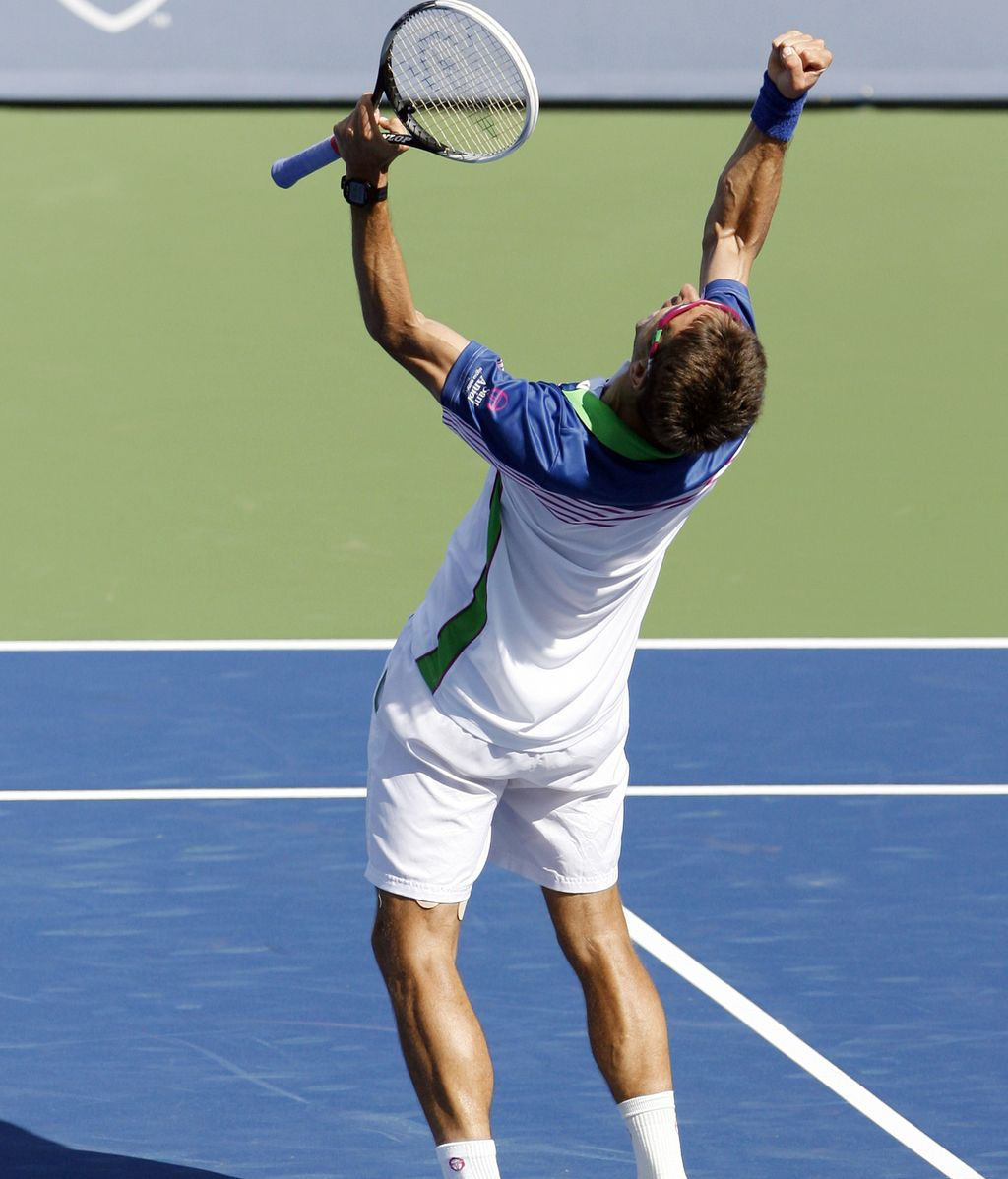 Robredo sorprende a Djokovic en Cincinnati