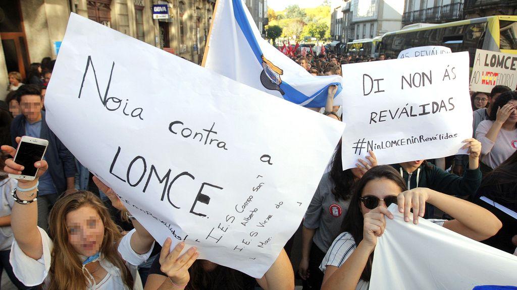 Huelga estudiantil en contra de las reválidas de la Lomce en Santiago de Compostela