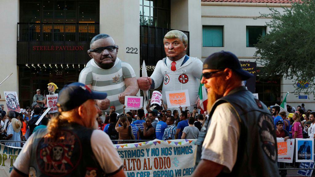 Protestas en Phoenix contra la presencia de Trump en la ciudad