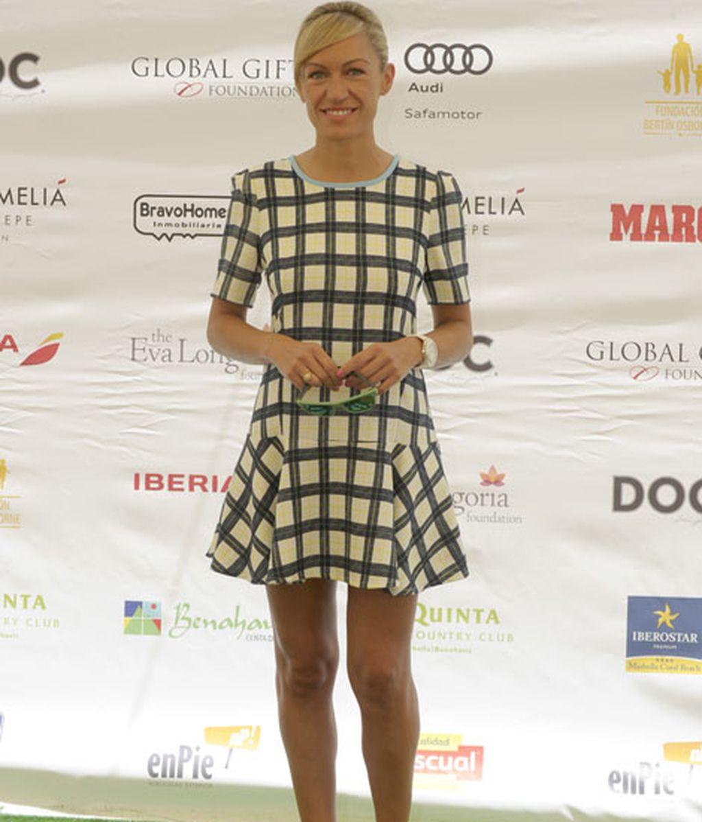 La presentadora Luján Argüelles, muy sonriente