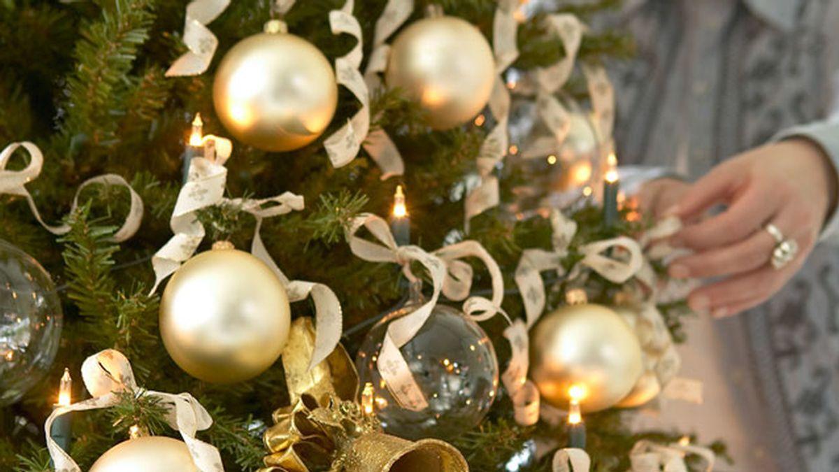 árbol de Navidad, luces de Navidad, bolas de Navidad