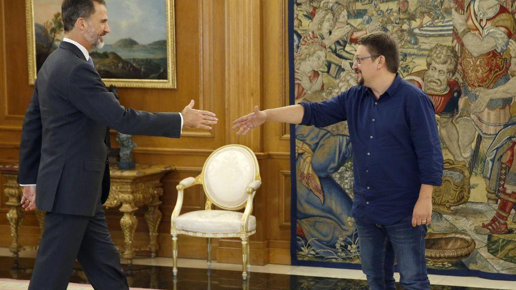El rey recibe a  Xavier Domènech, representante de En Comú Podem en Zarzuela