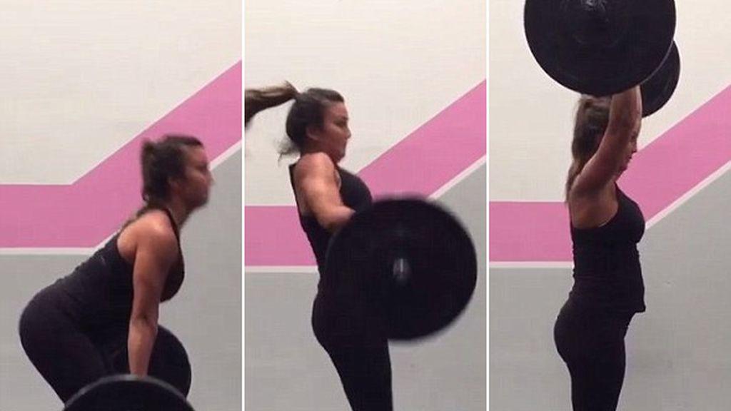 Levanta 40 kilos de peso embarazada de seis semanas