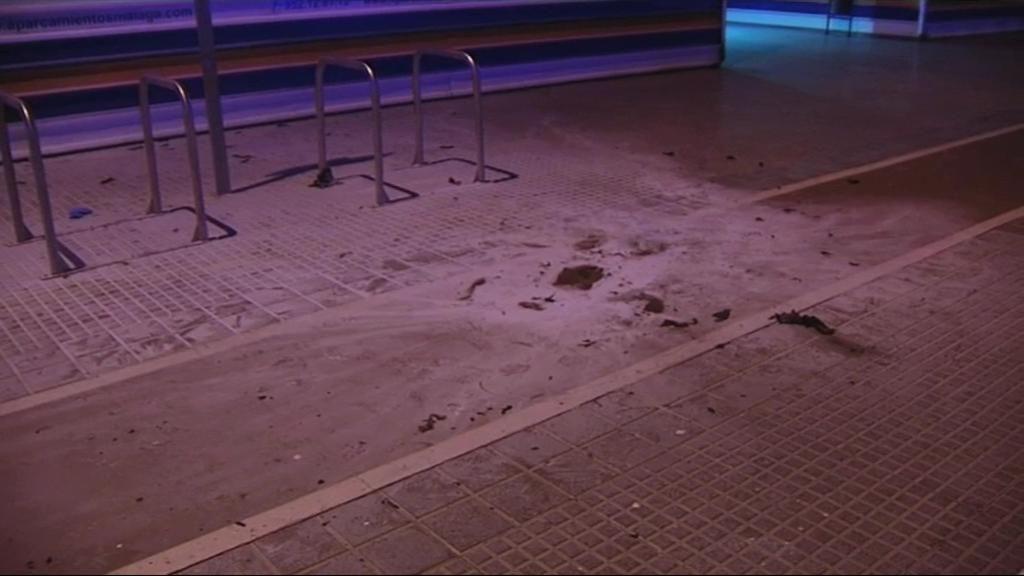 Un hombre se quema a lo bonzo en plena calle en Málaga