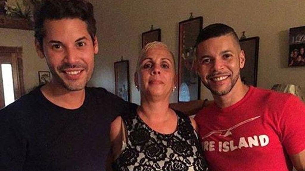 Una madre que sobrevivió dos veces al cáncer, murió en la masacre de Orlando