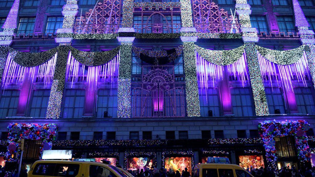 Iluminación navideña en la Quinta Avenida neoyorquina