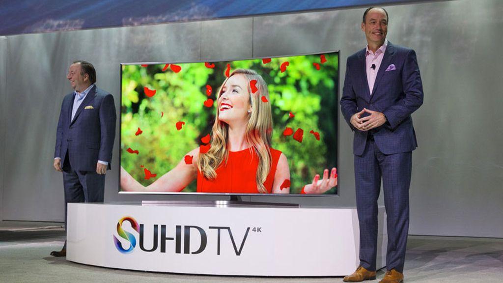 Samsung presenta sus nuevos televisores inteligentes SUHD en el CES 2015